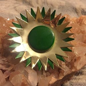 Vintage green and gold flower brooch